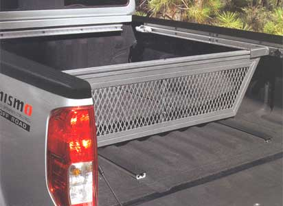 2014 Nissan Frontier Crew Cab Sliding Bed Divider