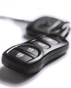 2004 Nissan Frontier 2 Dr Remote Control Key Fob 28268-7Z460