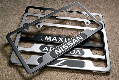 2010 Nissan Rogue License  Plate Frame 999MB-AMGLD