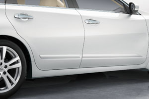 Nissan Altima Sedan Body Side Moldings