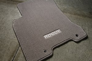 2014 Nissan Rogue Select Carpeted Floor Mats