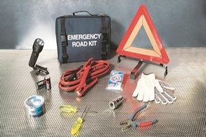 2012 Nissan Juke Emergency Road Kit 999M1-AT000