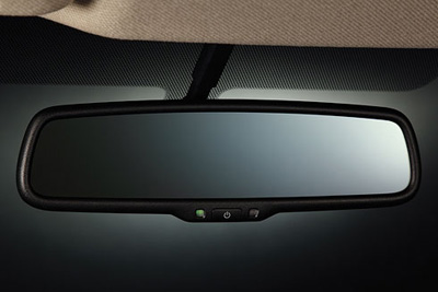 2015 Nissan Sentra Auto-Dimming Rear View Mirror